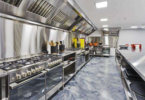 Restaurant fire safety systems are a must in every commercial kitchen.